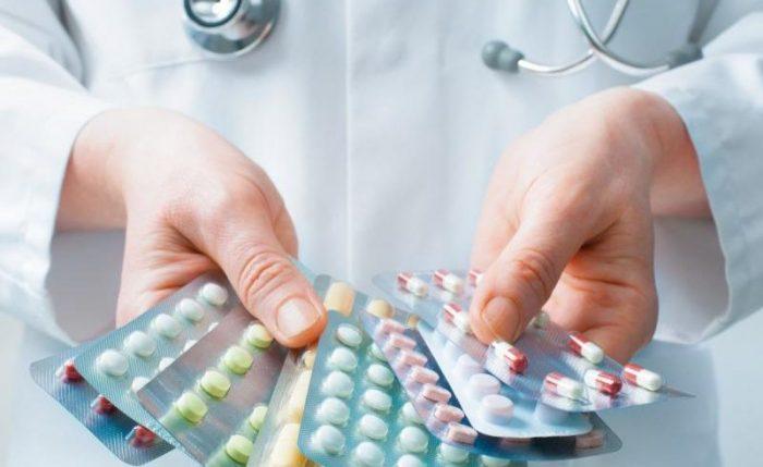 Медикаментозное лечение жжения в заднем проходе является основным