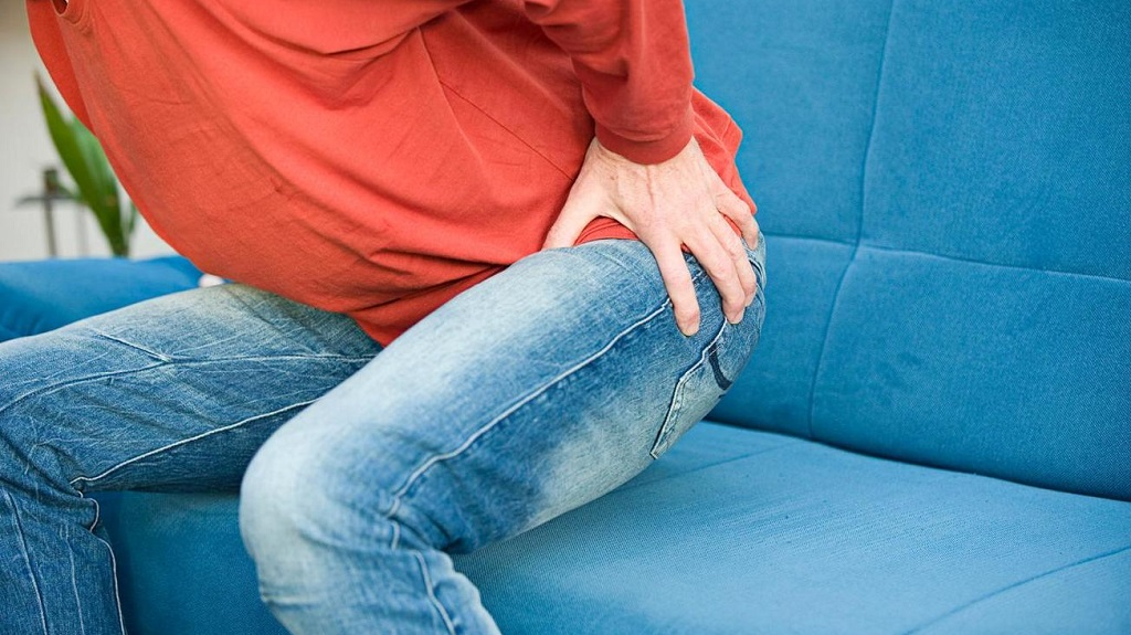 Почему возникает ощущение инородного тела в заднем проходе?