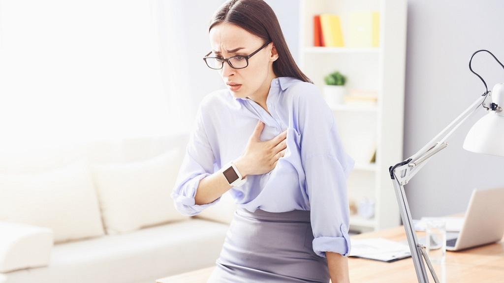 Что означает стеснение в груди?