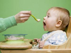 Что делать если у ребенка запор после введения прикорма