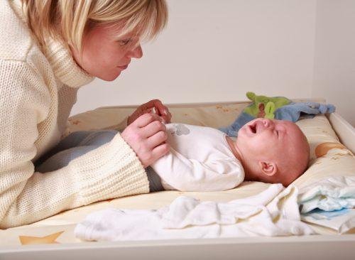 Что можно сделать при запоре у 4 месячного ребенка