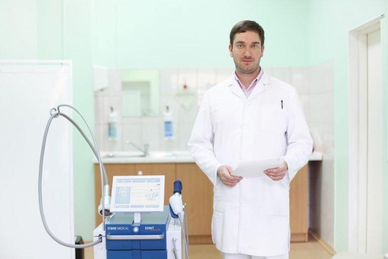 Как грамотно применять мазь Проктозан при геморрое? Инструкция, 8 терапевтических свойств препарата и отзывы пациентов