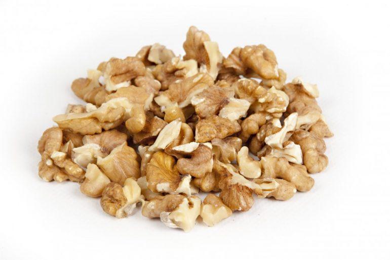 Как правильно есть орехи при геморрое для улучшения самочувствия? 4 народных рецепта с орехами