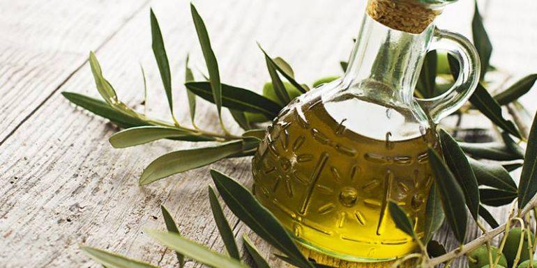Как применять оливковое масло для лечения и профилактики геморроя? 7 лечебных свойств, 5 способов применения и отзывы пациентов