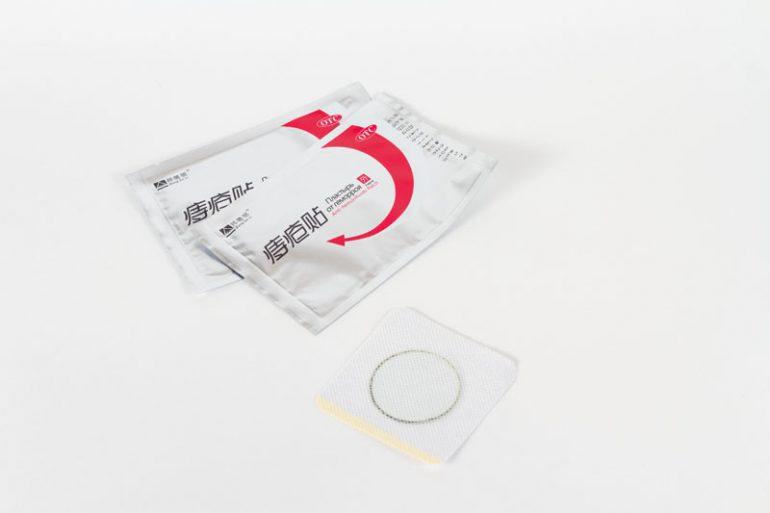 Как работает трансдермальный пластырь для избавления от геморроя? Свойства и 6 преимуществ изделия