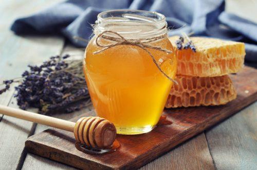 Мед при язве желудка: можно ли употреблять, как принимать для лечения