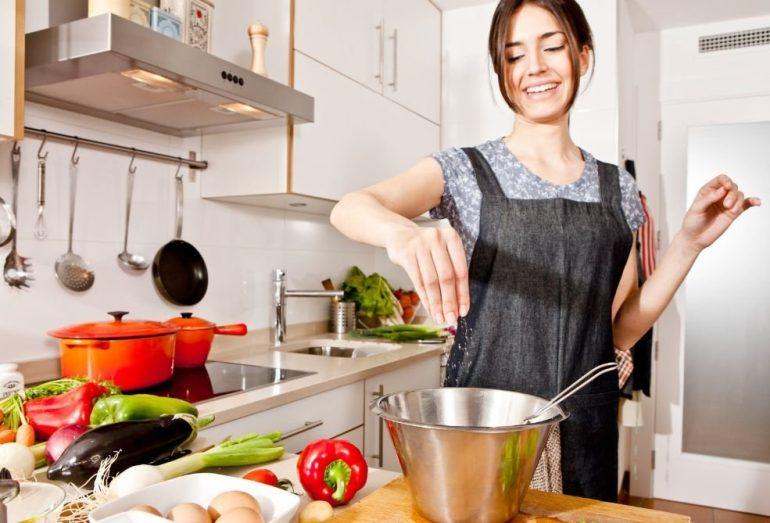 Особенности диеты при геморрое с кровотечением: 6 важных рекомендаций и рецепты