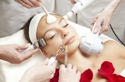6 косметологических процедур, которым стоит сказать «Нет» летом ЛечениеБолезней.com
