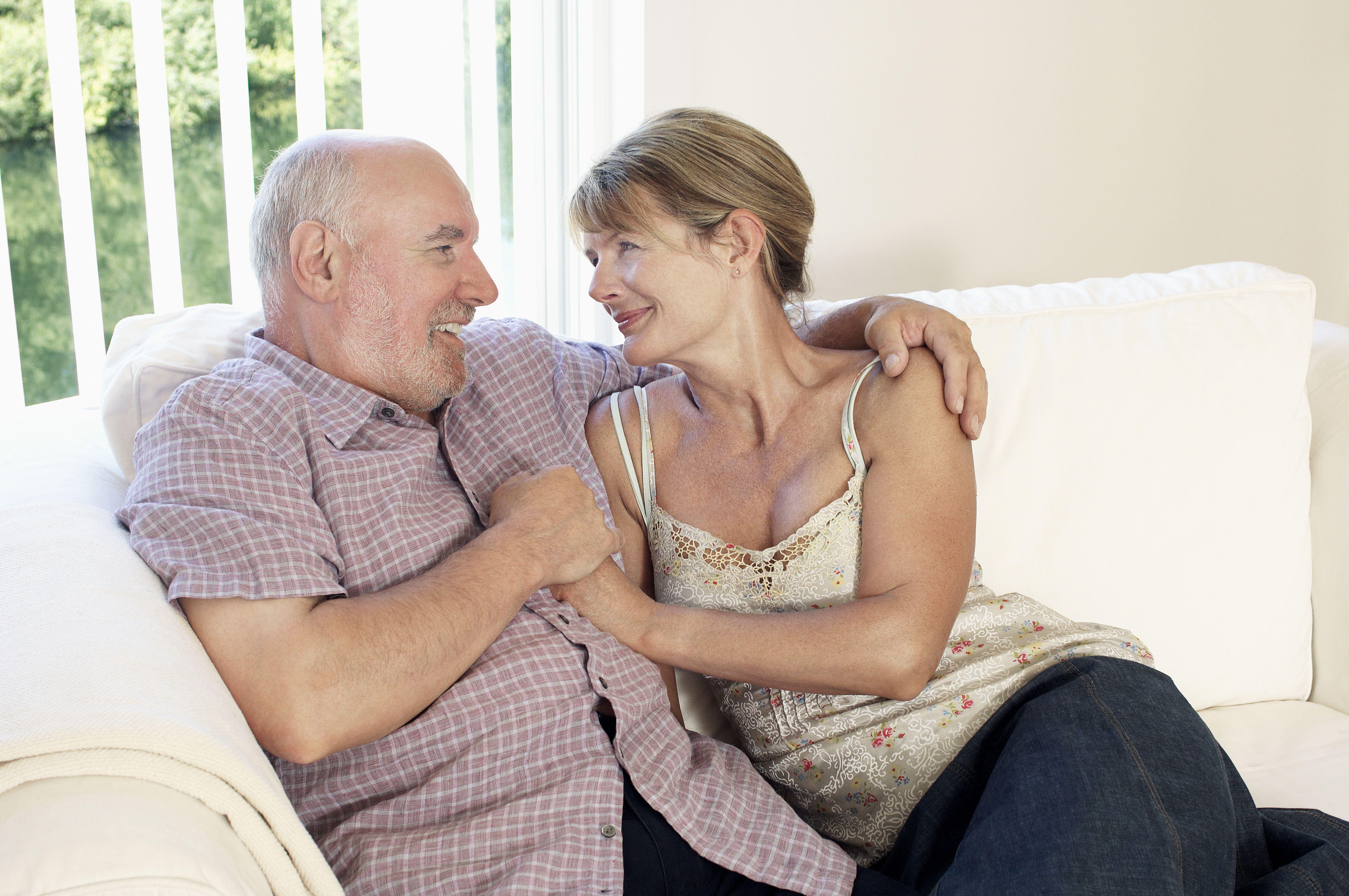 Каковы признаки импотенции у мужчин в 50 лет?