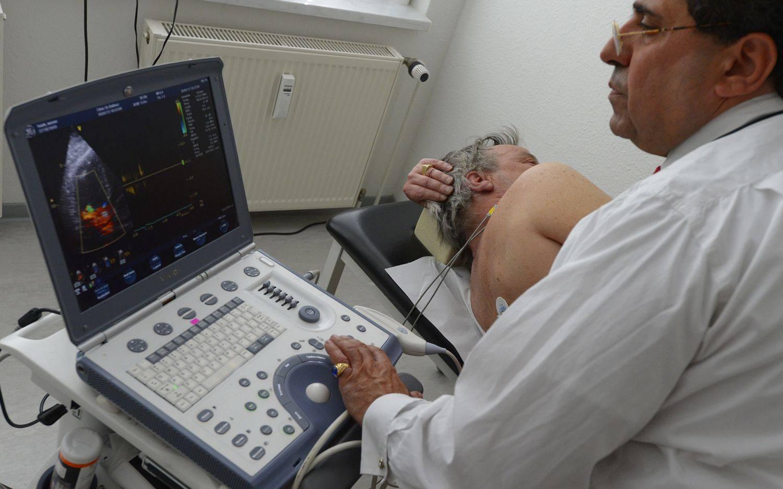 УЗИ предстательной железы: методы проведения, показания, расшифровка результатов