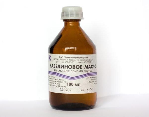 Вазелиновое масло при геморрое — правила применения