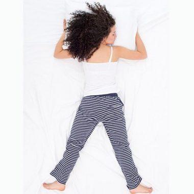 Как спать при геморрое, чтобы не навредить себе: самая удачная поза для сна