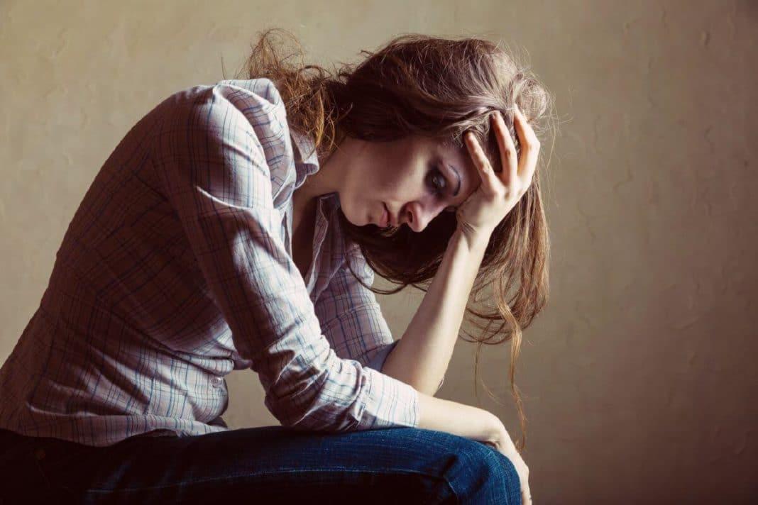 Основные признаки алкоголизма у женщин: симптомы, диагностика