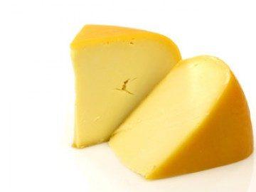 Сыр при панкреатите: можно ли есть, какие виды разрешены а какие нет