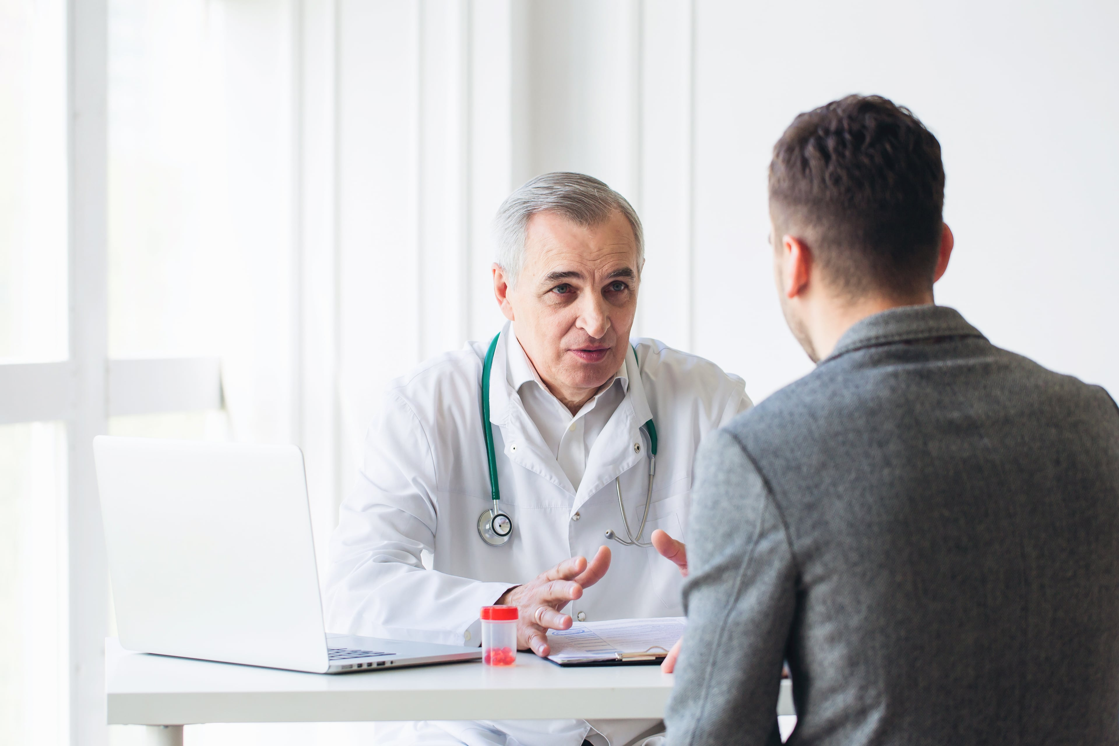 Удаление аденомы простаты: основные последствия, методы предотвращения осложнений
