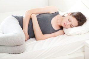 Причины икоты при боли в желудке: симптомы, лечение и профилактика