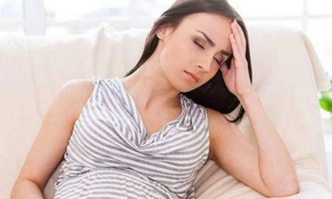 Все об изжоге при беременности в третьем триместре: причины, что делать