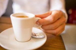 Как избежать изжоги от кофе, чая и какао