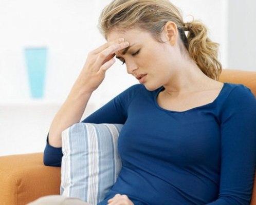 Тошнота перед месячными — причины, симптомы и методы облегчения состояния