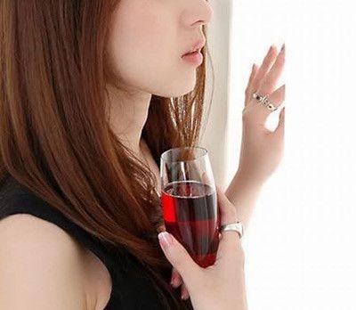 от вина кружится голова, воздействие алкоголя на гипотоников