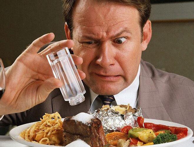 Горит в пищеводе и желудке: что делать, определяем причины