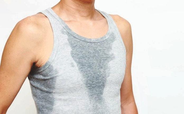 Фото: сильное потоотделение у мужчины